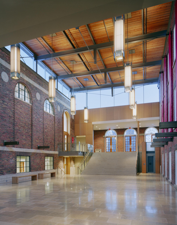 St. Andrew's College - New Saint Andrews College